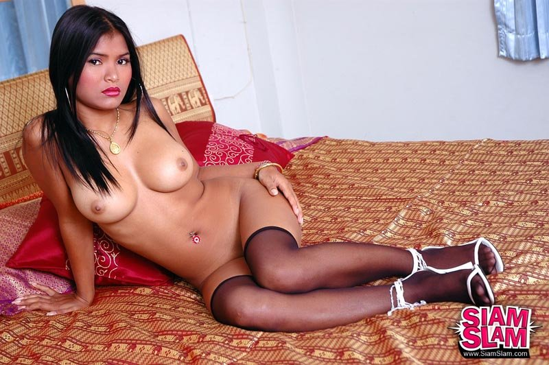 Femme..il régale asian whore pass agree